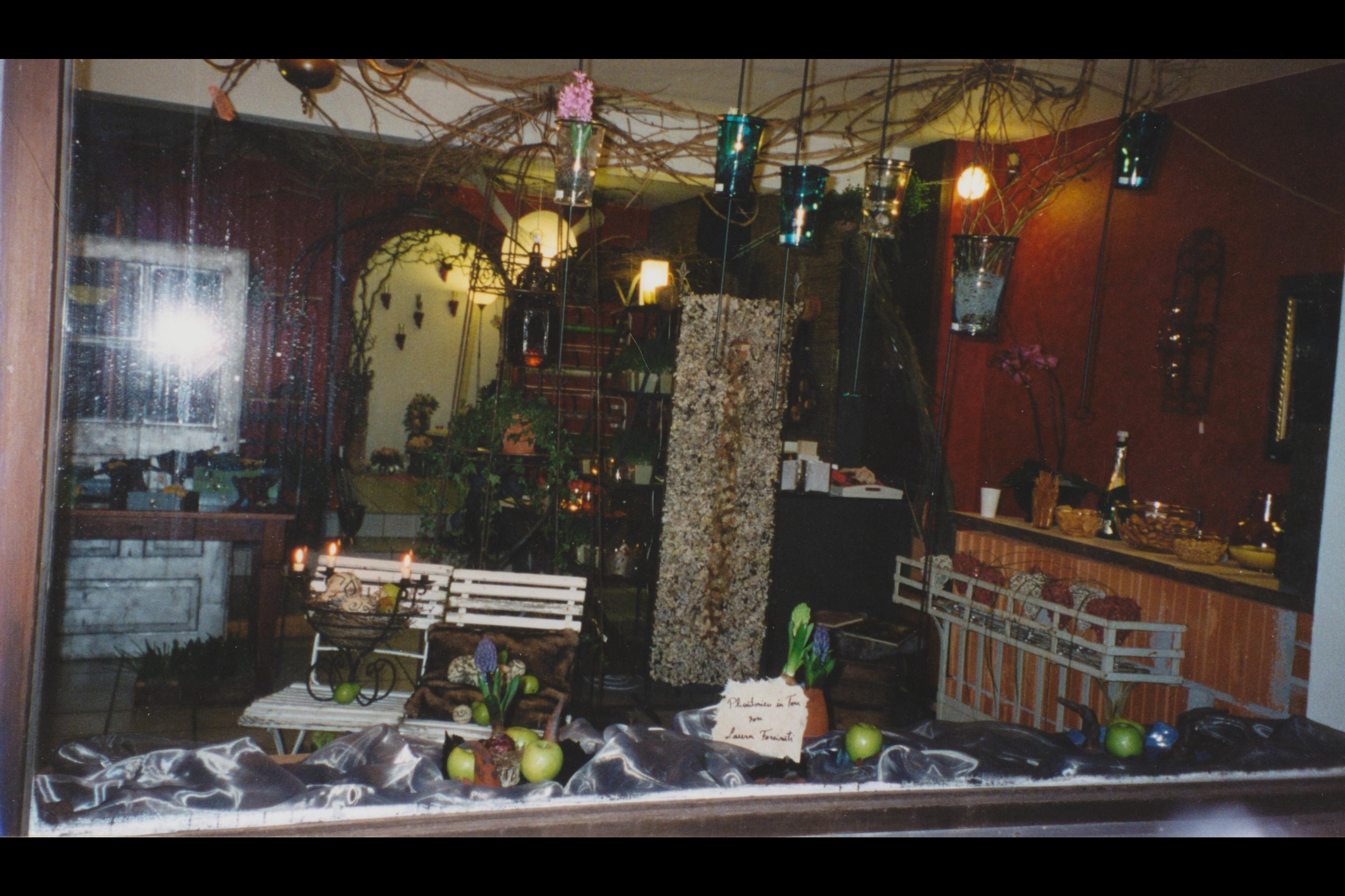 8_Ausstellung Phantasien in Ton_Fenster Westen Ansicht