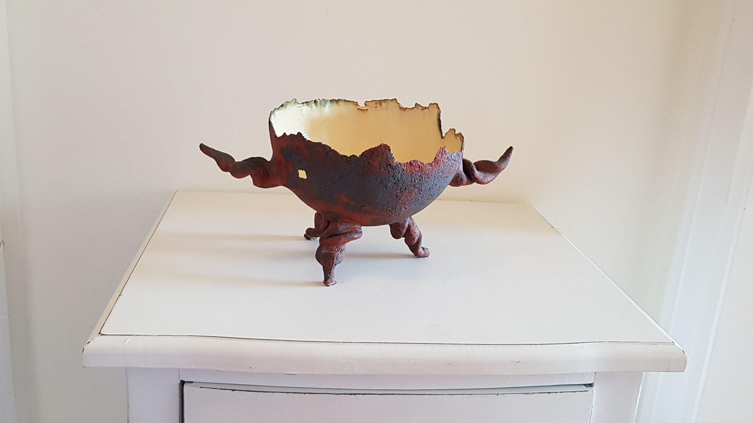 Schale mit gedrehte Beine und Griffe_ca. 26 x 13 cm